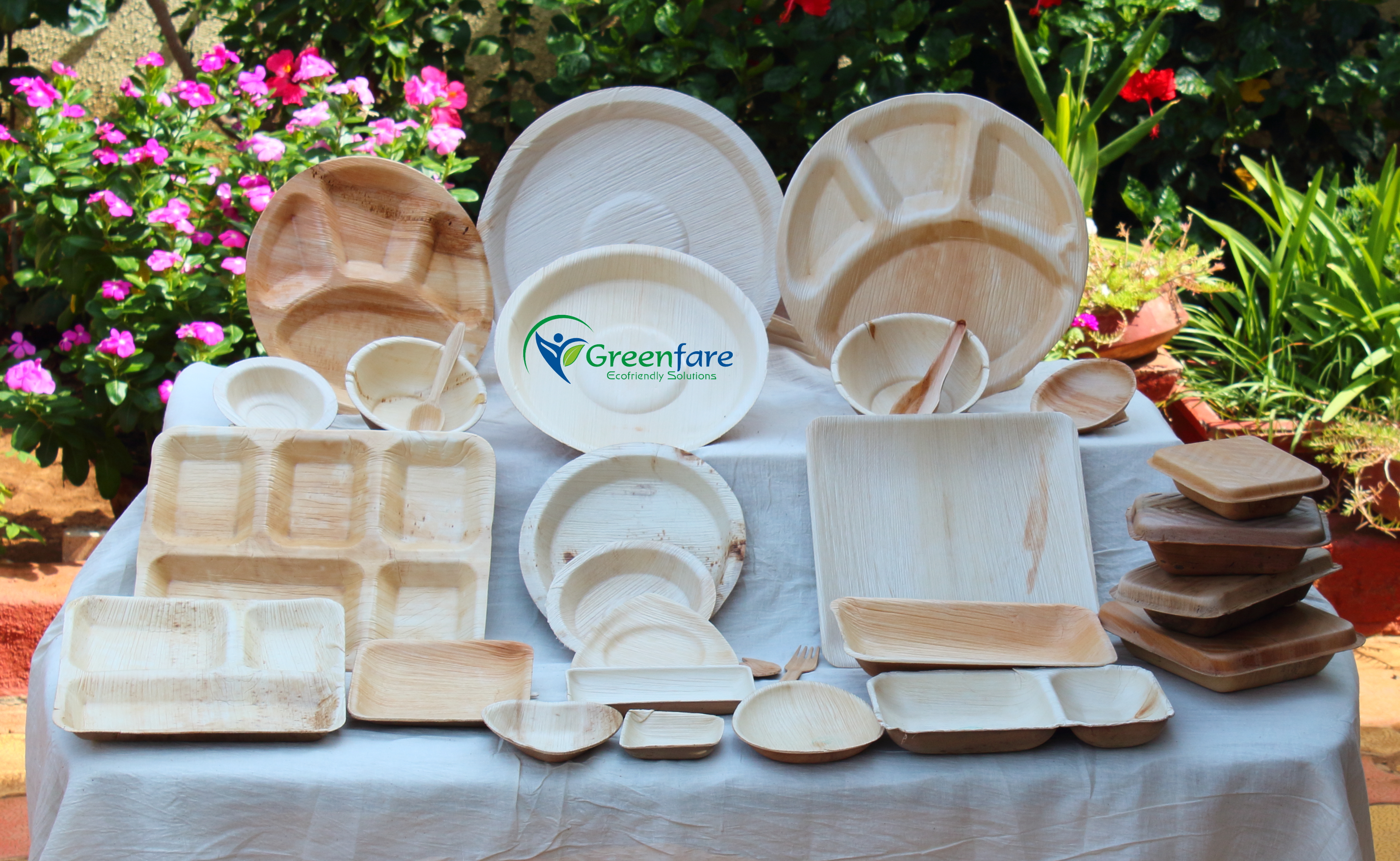 Areca Leaf Plates are biodegradable Party Plates